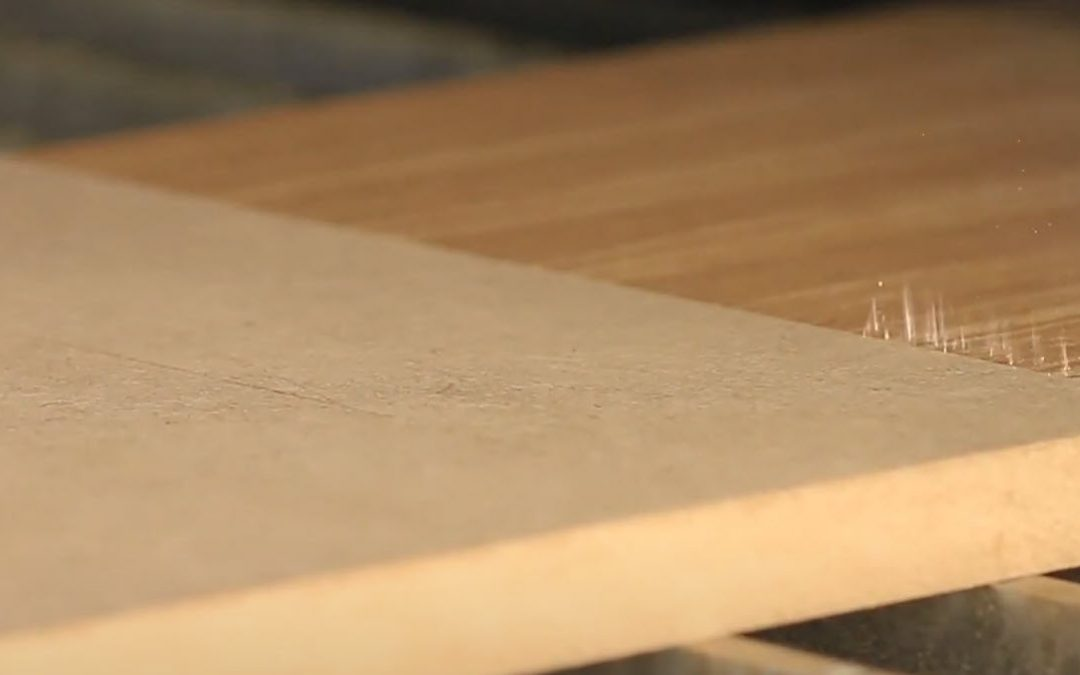 Avant-première : SEI Laser Mode, nouvelle solution laser pour l'ennoblissement des panneaux (bois, plastique, mousse, verre)