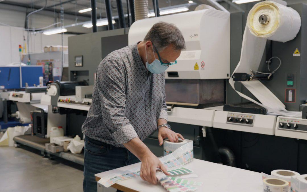 Etiquettes : Label G2 partage son retour d'expérience SEI Laser